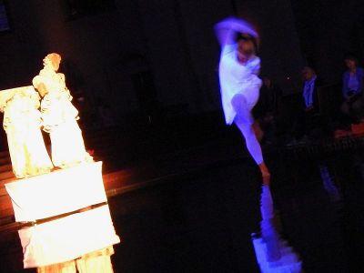 performance-6-talinovo-tanztheater-ueber-engel-anna-eichlinger-800w