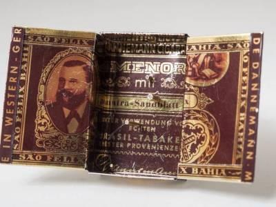 brosche-alte-zigarrenschachtel-silber-gold-blech-brillianten-anna-eichlinger-800w