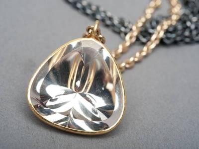 anhaenger-bergkristall-gold-silber-anna-eichlinger-800w