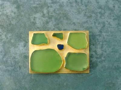 brosche-gold-glasfragmente-anna-eichlinger-800w