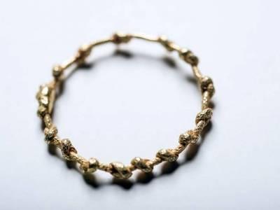 knotenring-gold-einfach-anna-eichlinger-800w