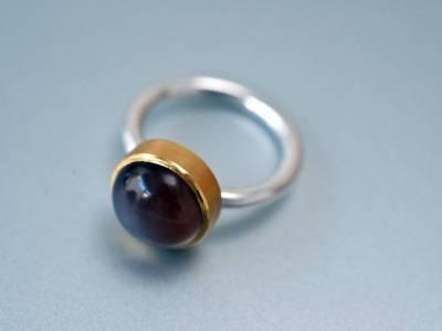 ring-siber-gold-montiert-mondstein-anna-eichlinger-800w