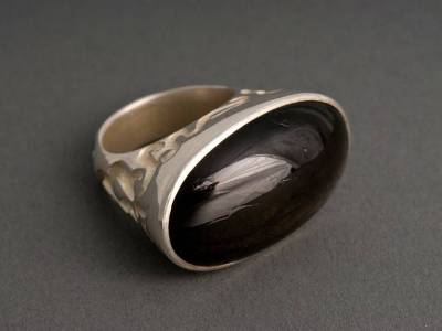 ring-silber-guss-sternsaphir-anna-eichlinger-800w