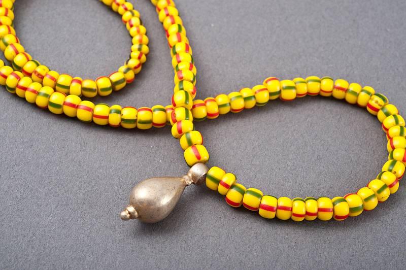 kette-afrikanische-glasperlen-silber-anna-eichlinger-800w